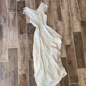 ✨ 1950's Vintage Victorian Sheer Nightgown